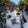 三本滝 本沢の氷瀑